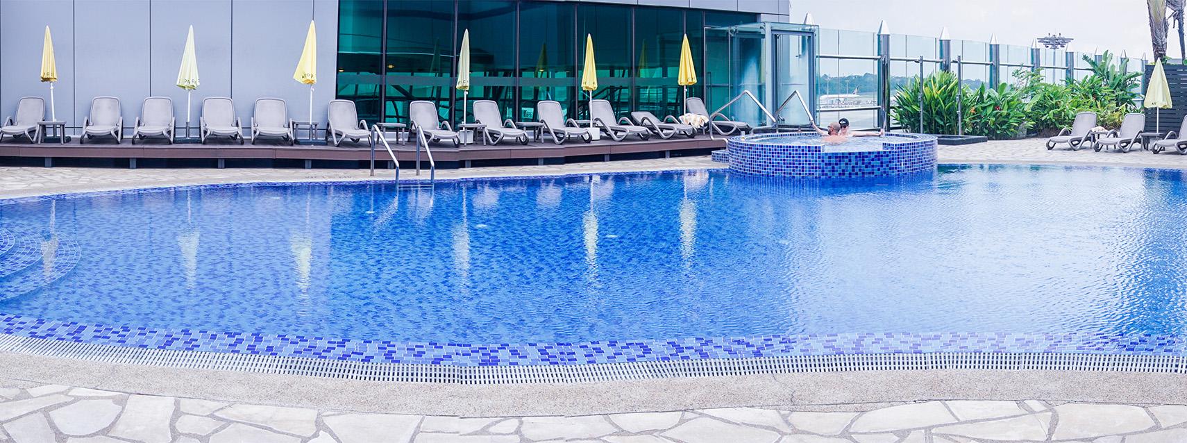 Swimming Pool | Singapore Changi Airport